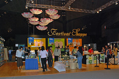Festival Shoppe (chooyutshing) Tags: festival garden singapore stall 2008 floralcreations floralthemed