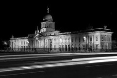 Customs House Dublin (Paul O' Connell) Tags: city longexposure travel ireland vacation urban dublin holiday abstract motion money building art architecture night speed canon lights movement europe glow traffic background columns fast places beam 5d pace curve quick financial rapid illuminate poc 30d dublincity georgianbuilding pauloconnell xylum wwwpocphotographycom pocphotography xylumtube