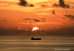 Miami sunrise (Marcos Vasconcelos Photography) Tags: travel vacation usa beach nature beautiful wow this photos miami natureza vivid beleza 2008 vacations pintura verao wonderworld 70200mmf28l vasconcelos f28l canon70200mmf28l americaamerica flickrsbest 40d wowphoto canoneos40d canon40d dragongoldaward ~yourbestofpointshoot