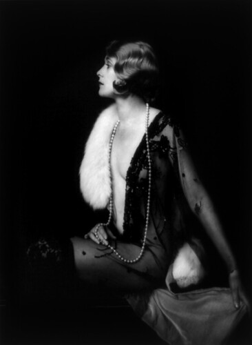 Muriel Finlay, Ziegfeld girl, by Alfred Cheney Johnston, ca. 1928 par …trialsanderrors