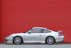GT3s shot for 911 & Porsche World (michaelward_autoitalia) Tags: yellow silver porsche gt3 mwp longcross michaelwardphotos 911pw
