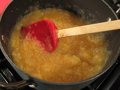 Ginger Peach Applesauce
