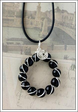 Black onyx & silver pendant