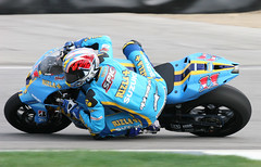 Ben Spies how low can you go (ducatigiege) Tags: red ben indianapolis champion wsb bull ama moto yamaha spies r1 suzuki rizla gp superbike alpinestars