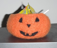 Halloween felted bowl