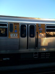 Max high capacity car @ Addison brown line