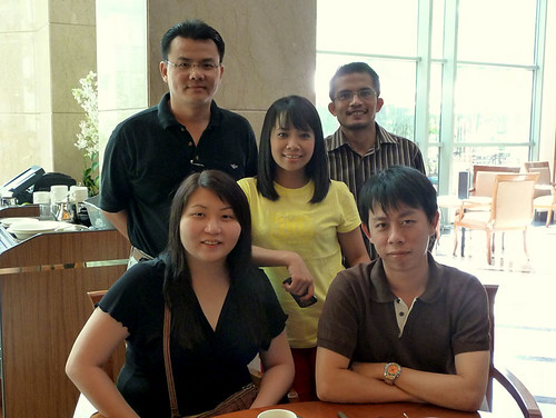 BRAND'S Blogger Challenge - 01 Team Malaysia at breakfast
