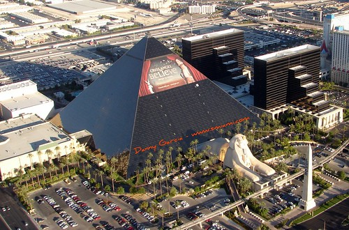 las vegas hotels luxor. Over the Las Vegas Strip - The
