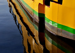 Yellow green and rust reflex (PegaPPP) Tags: yellow giallo green verde reflex riflesso pega mare sea boat barca ship nave water acqua multimegashot inquinamento pollution rust paint art blue composition geometry brasil colourartaward
