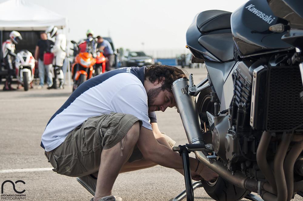 Zancio, Checking Tires Pressure On Filo's Z