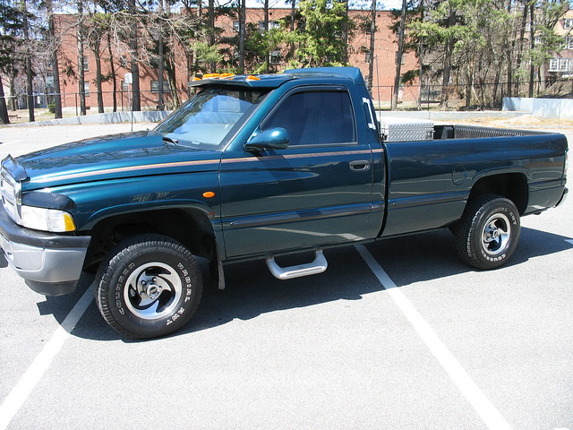green dodge 1997 rams ram 1500
