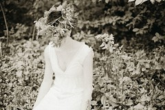 автопортрет 47й день (tomato_senya) Tags: trees white selfportrait black me nature bodylanguage 365ru