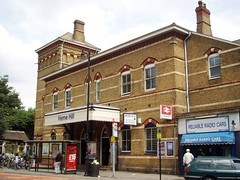 Picture of Herne Hill Station