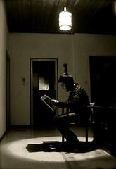 Cogito ergo Sum (carloalberto) Tags: uomo libri soe sum ergo pensiero cogito cervello pensare carloalberto golddragon mywinners riflettere goldstaraward carloalbertoaldi