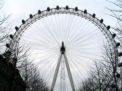 London Eye (timinbrisneyland) Tags: england london spokes londoneye bigwheel