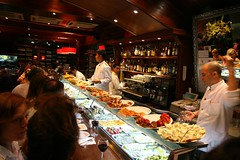 cerveseria catalana (kozyndan) Tags: barcelona bar restaurant spain tapas catalana cerveseria cerveceria cerveseriacatalana