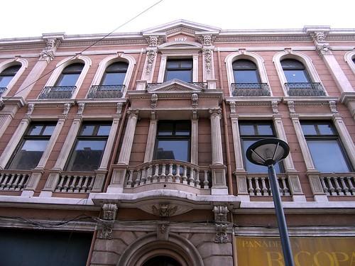 Calle Serrano B