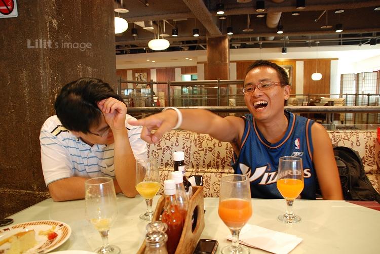20080727_笑的不亦樂乎