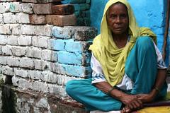 Grandmother in Agra (martien van asseldonk) Tags: woman india agra colorphotoaward earthasia thebestofday gnneniyisi damniwishidtakenthat martienvanasseldonk