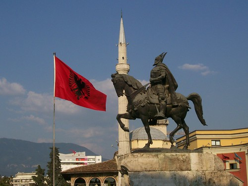 Places to go traveling in Tirana