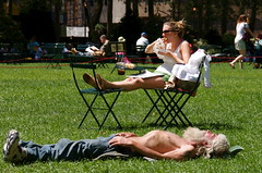 park newyorkcity sleeping woman man girl grass sunglasses beard chair raw manhattan sandwich sneakers bryantpark sunbathing