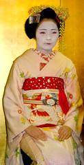 Tomishizu (fuyou-hime) Tags: tea ceremony maiko geiko geisha kimono obi gion sado odori kitsuke hanto higashi chado chanoyu temae hikizuri tomishizu