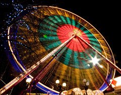 Ferris Wheel (Surely Not) Tags: winter wheel scotland big nikon edinburgh long exposure angle wide sigma ferris moo 1020mm wonderland d80 yourphototips thephotoproject