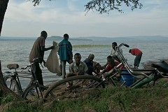bici 21 (ONG Bambini nel Deserto Onlus) Tags: africa bambini biciclette veicoli bambinineldeserto simonaottolengo