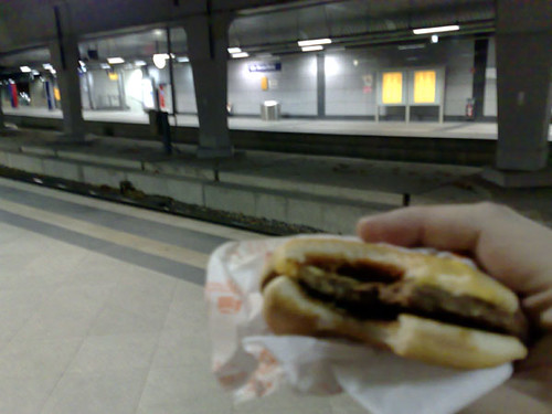 Cheeseburger in Messe/Deutz