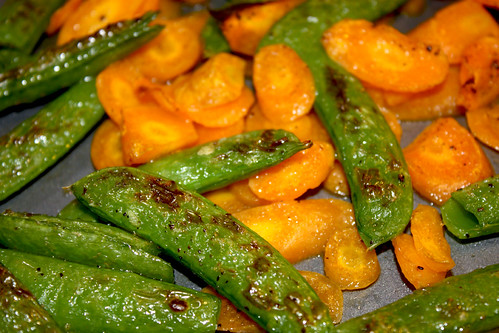 pan of broiled peas and carrots