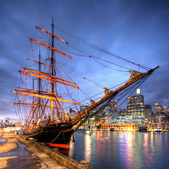 j a m e s . c r a i g (Pawel Papis Photography) Tags: city sunset water museum photoshop buildings bay ship cityscape cs2 harbour sydney australia wharf nsw newsouthwales darlingharbour darling hdr maritimemuseum photomatix sigma1020 3ex canon400d awardedbipg
