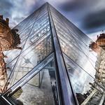 La Pyramide du Musée du Louvre | I.M. Pei