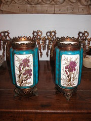 Paire de Vases maills (dynahd65) Tags: people paris art cup coffee lamp fun lampe ceramics antique objects collection pot passion vase pottery porcelaine delf past porcelain minton poterie ancien quimper berger gres artdco pass hauteloire couleuvre puisaye brisdoux breugnot bocquillon