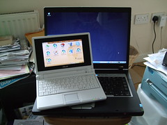ASUS eeePC with Evesham Laptop