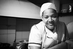 Cocinera (noalsilencio) Tags: bn retratos negra cocinera afrocolombiana gentebogotana