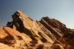 Vasquez Rocks (segamatic) Tags: park canon eos sandstone rocks desert formations vasquez 40d challengeyouwinner tamronaf1750mmf28xrdiiildasphericalif photofaceoffwinner pfogold achallengeforyou thechallengefactory