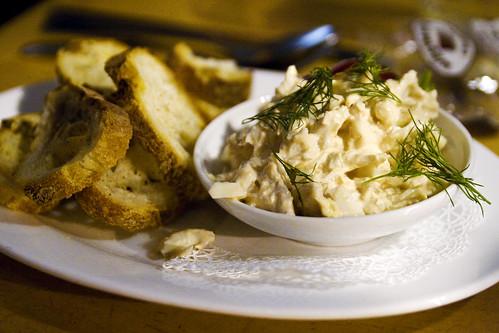 Louisiana Jumbo Lump Crab Dip with Crisp Garlic Toasts