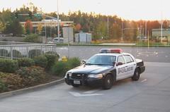 Bellevue Police Car (Andrew L. SPP) Tags: cops police policecar copcar crownvictoria policecruiser crownvic bellevuepolice copscar bellevuecop