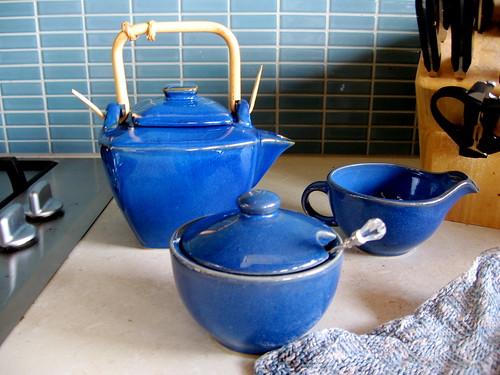 teapot, sugarpot, jug