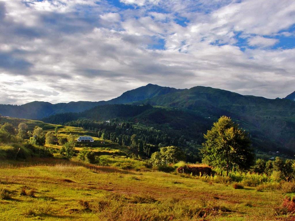 Keran Top Viewed from Sundgala