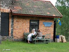 se_june:july2007_IMG_1200 (tinefis) Tags: summer sun nature sweden norden skandinavien swedish sverige svensk svenska vrmland nordisk flagga kga flaggan frsamling granbergsdal svenskt wermland nordiskt svenskflagga rebroln skandinaviskt karlskogafrsamling karlskogakommun