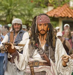 Johnny Depp live on the set as Captain Jack Sparrow