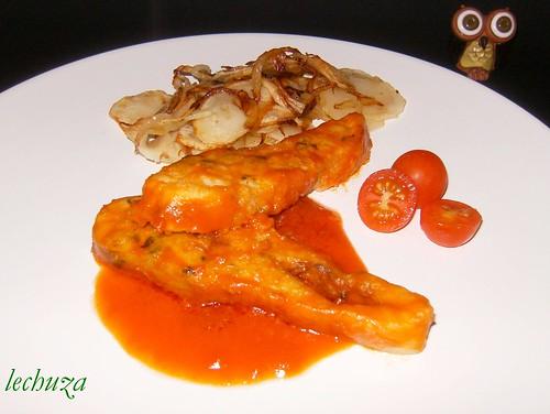 Casteñeta con tomate-plato bien