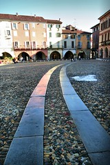 Fancy Street Ribbons (! .  Angela Lobefaro . !) Tags: street trip travel vacation italy countryside ribbons strada italia photographer country gimp sigma wideangle campagna piemonte fancy linux shooting chateau schloss 2008 ubuntu grandangolo piedmont castillo flickrfriends chateaux allrightsreserved italians blend flickrmeetup flickrmeeting superwideangle vercelli kubuntu digikam sigma1020 xti andreasc angiereal visitpiedmont maxgreco angelalobefaro angelamlobefaro supergrandangolo angelamarialobefaro badwinters massimilianogreco