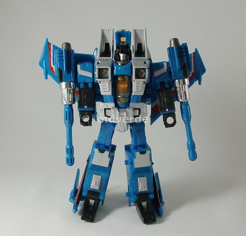 Transformers Thundercracker Classics Henkei - modo robot (by mdverde)