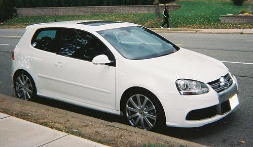 Vw Golf 6 White. White Volkswagen R32 - Angle
