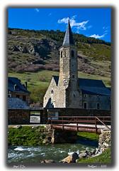 Santuario de Montgarri (anpisa) Tags: espaa rio puente spain nikon iglesia catalunya montaa aran catalua ermita pirineos lleida santuario valdaran lerida d80 montgarri ltytr1 anpisa capanario
