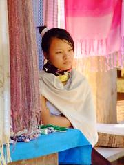 Long neck Hill-tribe 11 (sawaddeedave) Tags: thailand longneck padang hilltribe maehongson burmeseborder