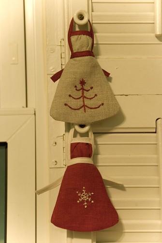 emmeline apron ornaments