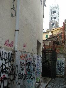 Lucca Graffitti